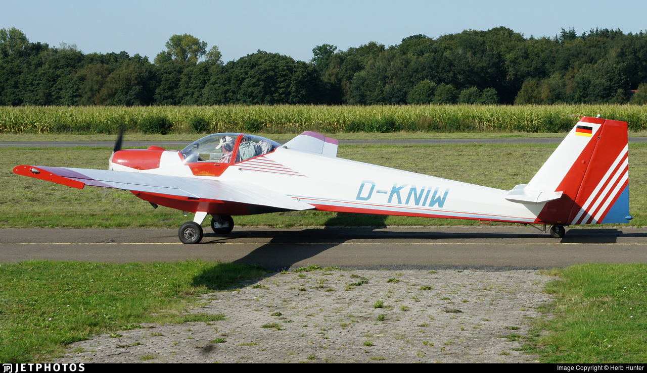 D-KNIW - Scheibe SF.25C Falke - Private