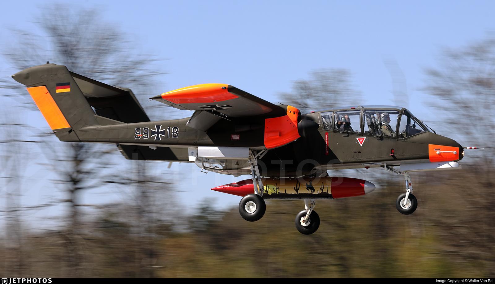 G-ONAA - North American OV-10B Bronco - Bronco Demo Team