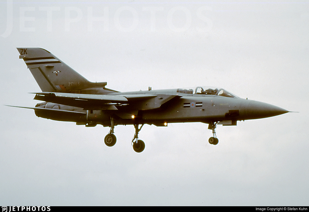 ZE165 - Panavia Tornado F.3 - United Kingdom - Royal Air Force (RAF)