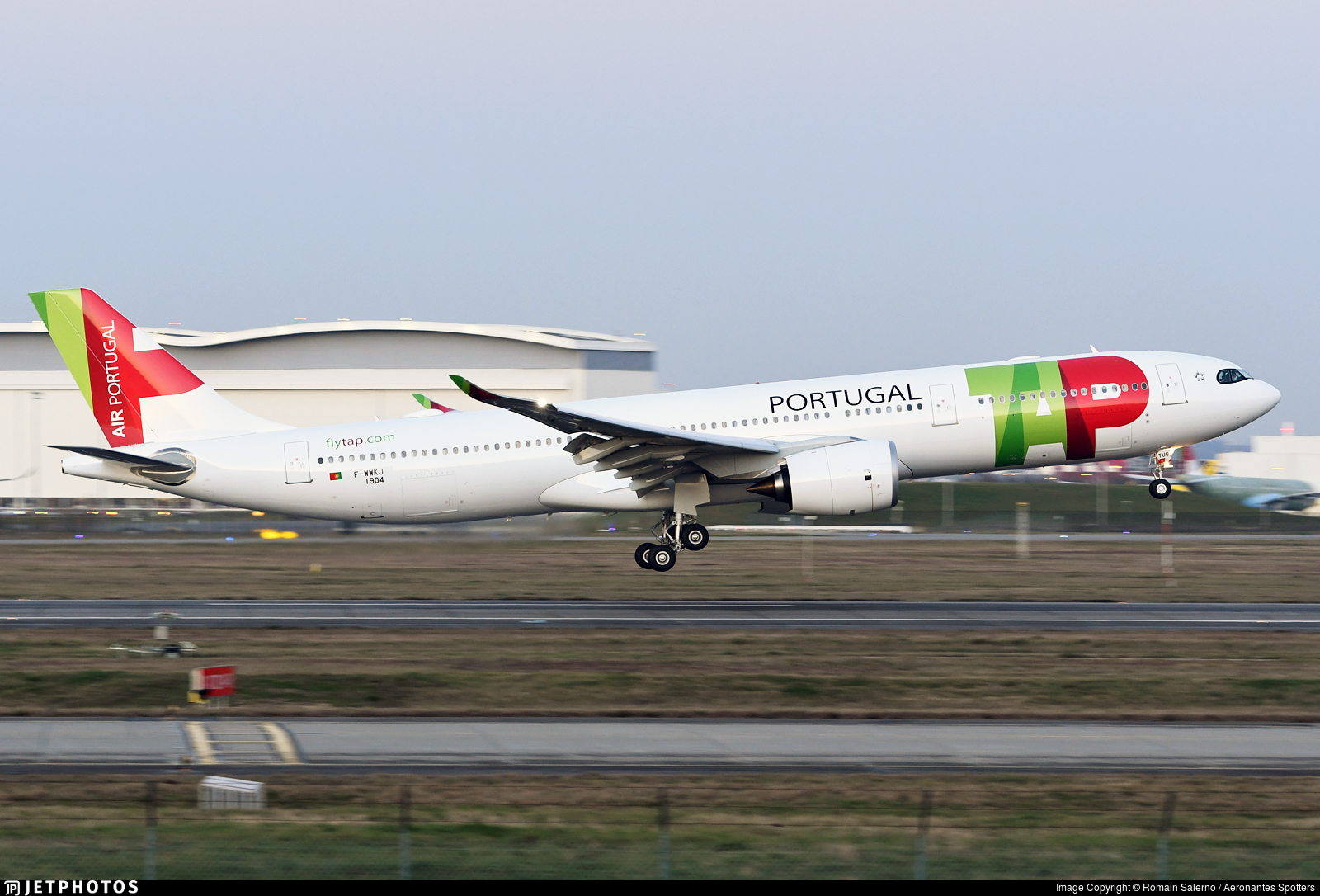F-WWKJ - Airbus A330-941 - TAP Air Portugal
