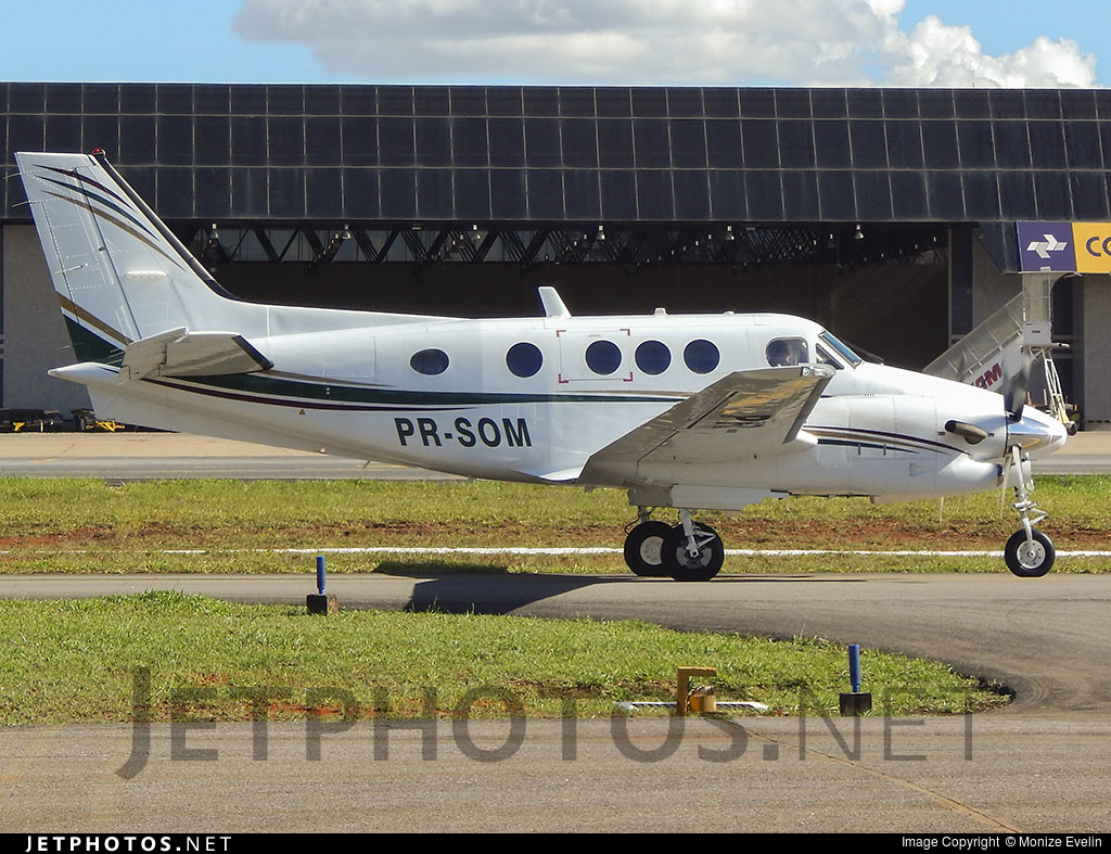 PR-SOM - Beechcraft C90GT King Air - Private