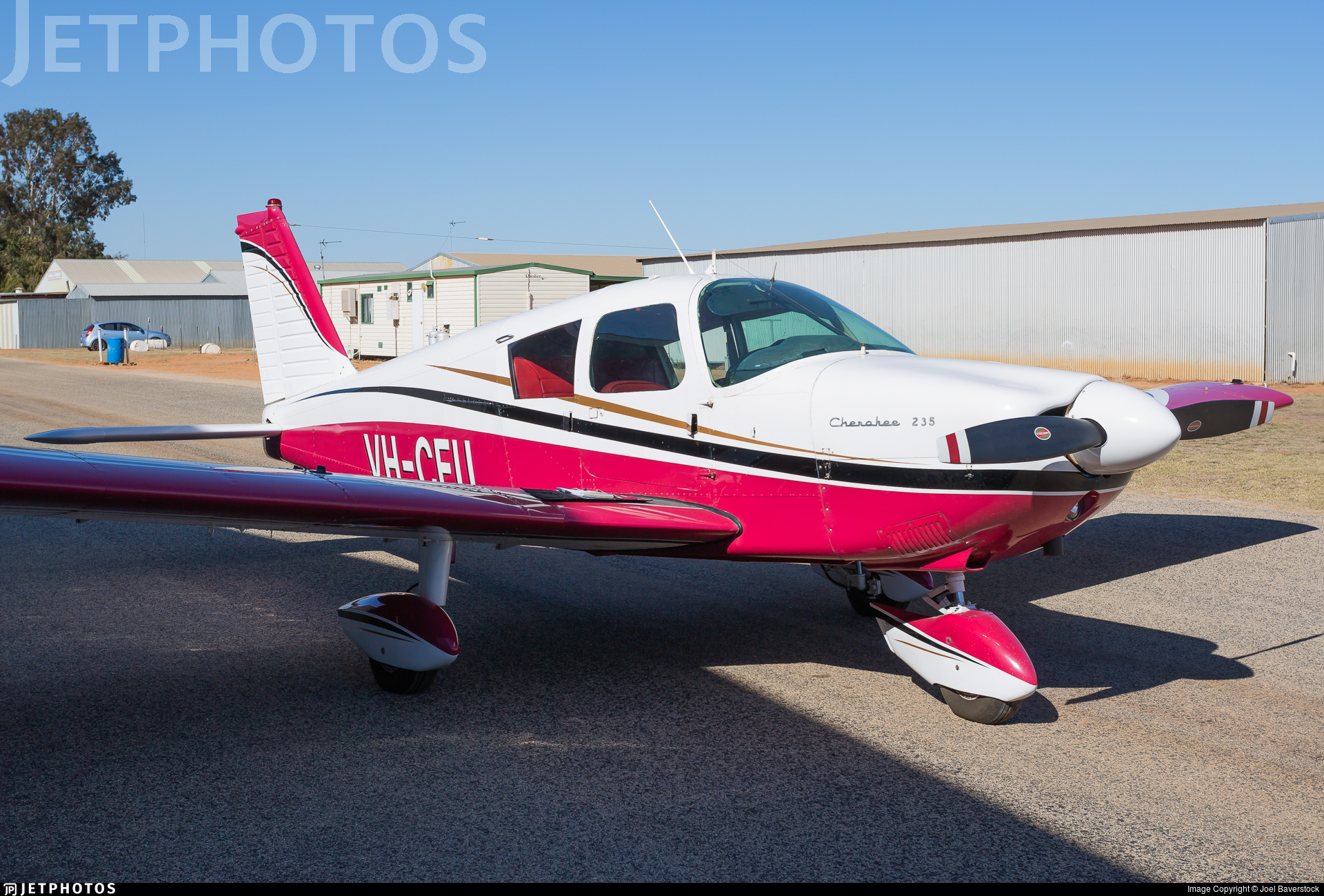 VH-CEU - Piper PA-28-235 Cherokee - Private