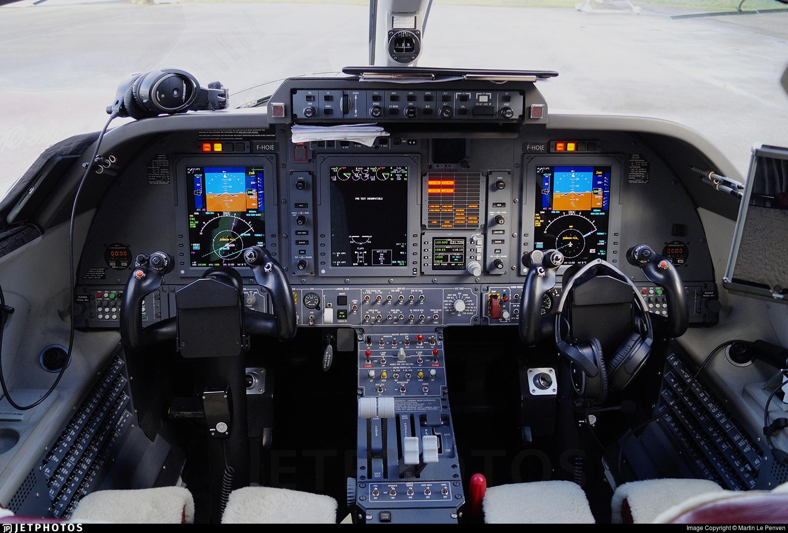 F-HOIE | Piaggio P-180 Avanti II | Private | Martin Le Penven | JetPhotos