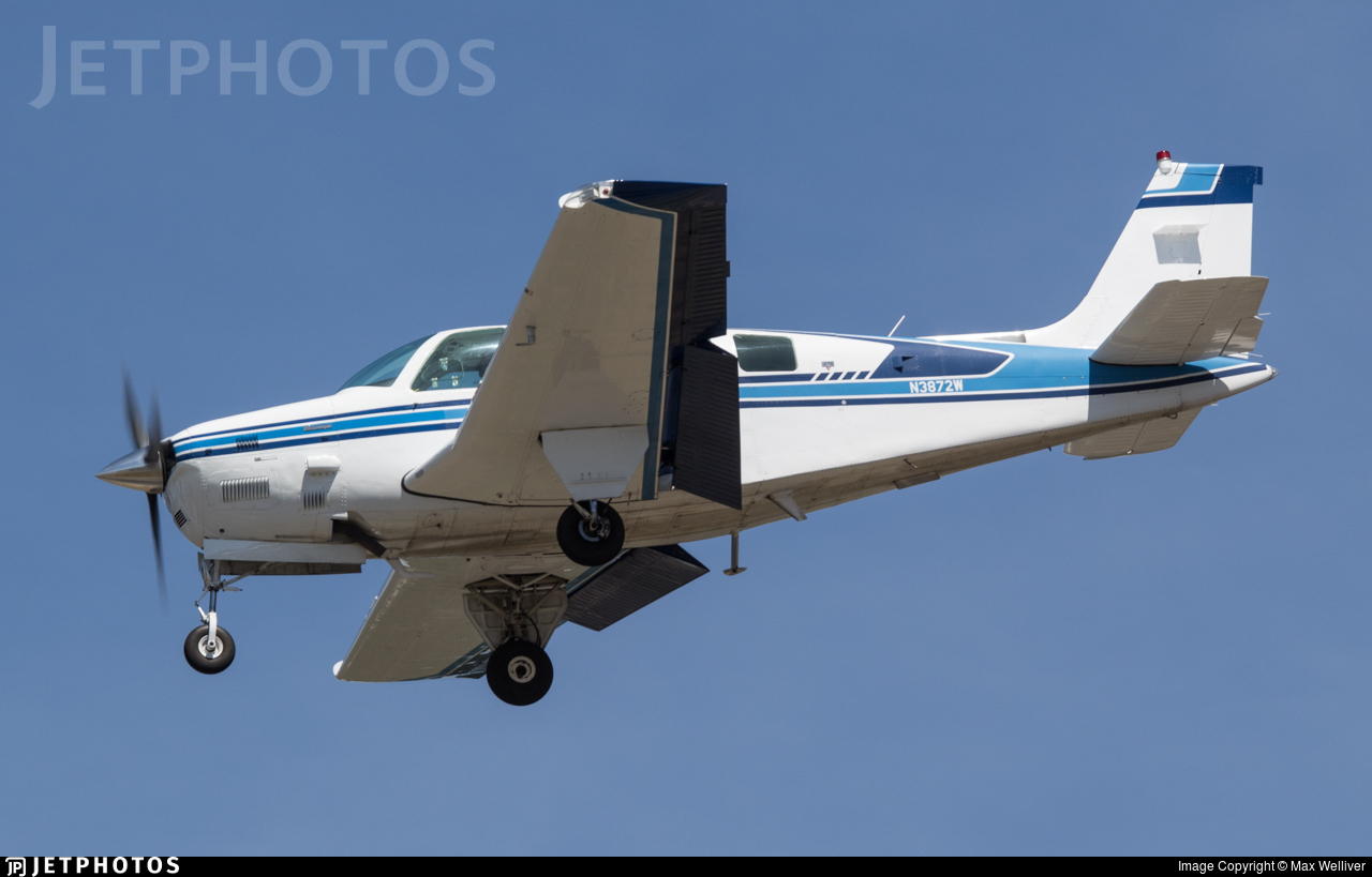N3872W - Beech A36 Bonanza - Private