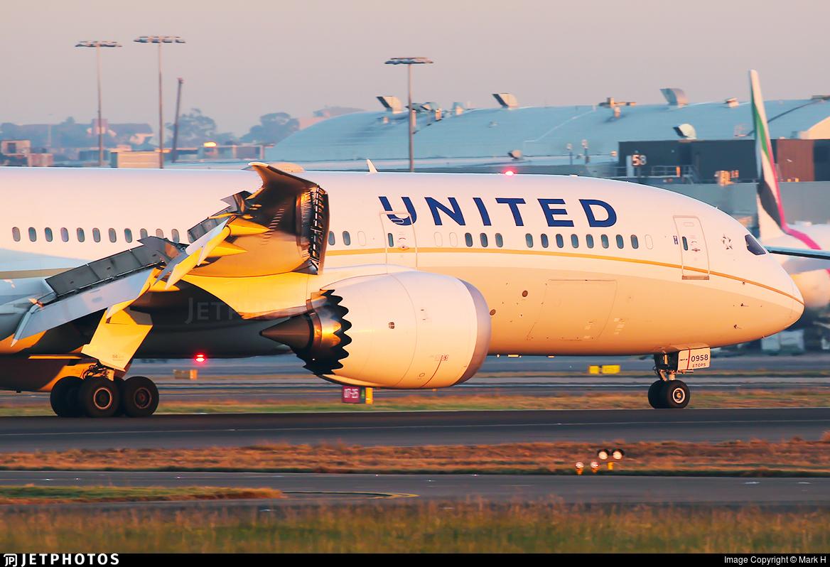 N27958 - Boeing 787-9 Dreamliner - United Airlines