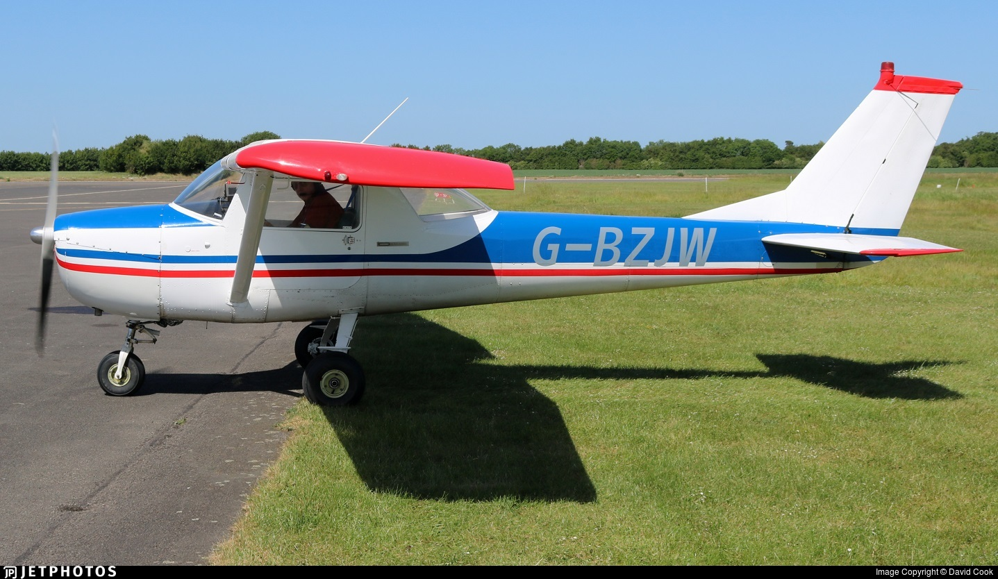 G-BZJW - Cessna 150F - Private
