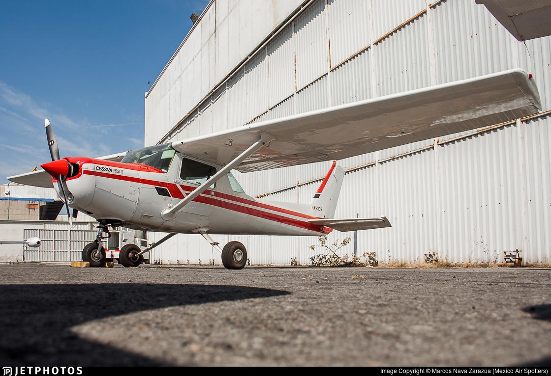 N4633B - Cessna 152 II - Private