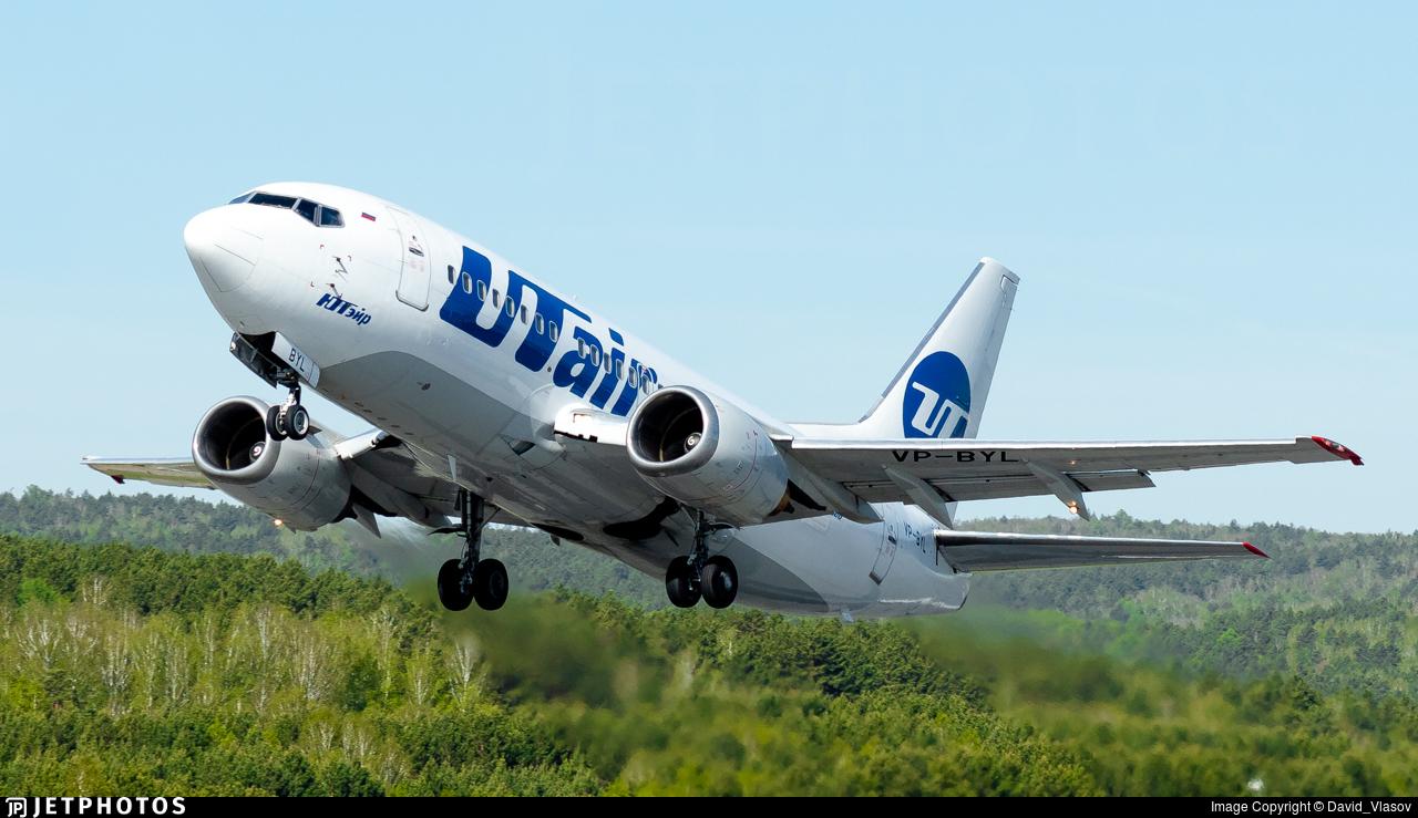 VP-BYL - Boeing 737-524 - UTair Aviation