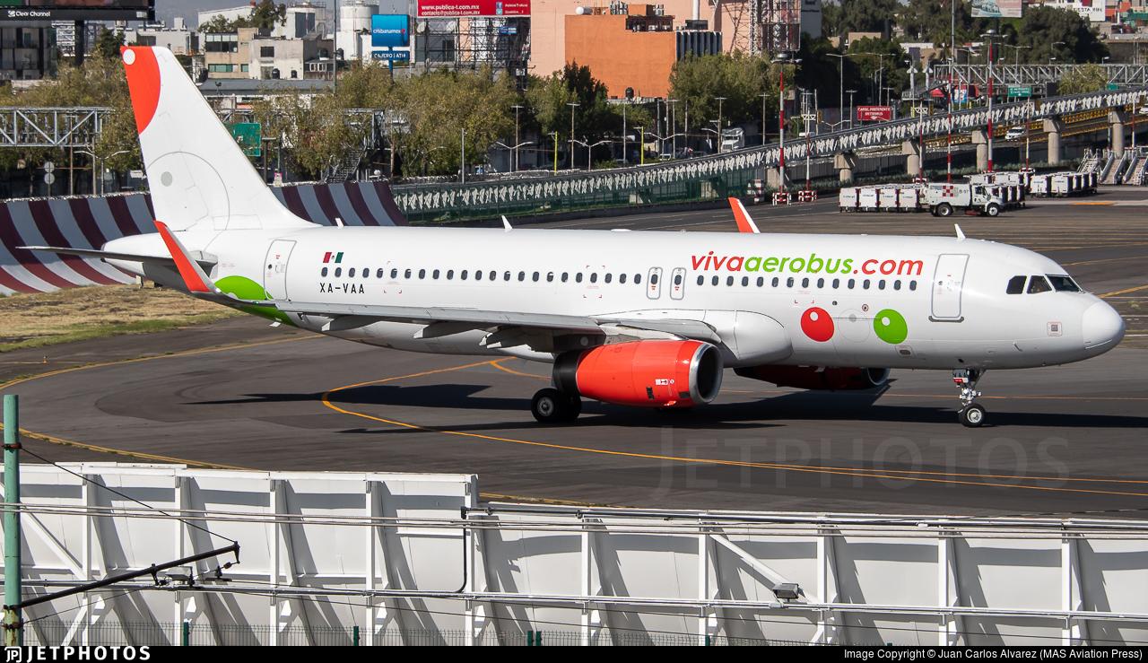 XA-VAA - Airbus A320-232 - VivaAerobus