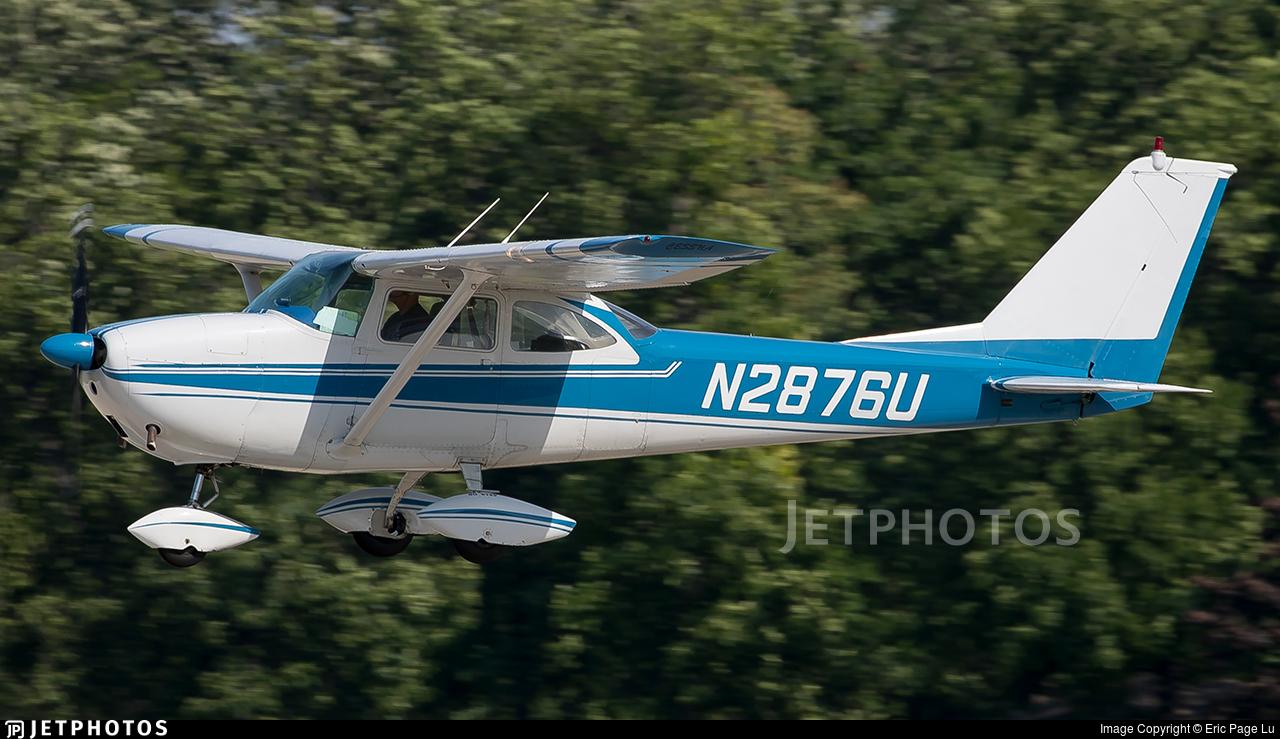 N2876U - Cessna 172D Skyhawk - Private
