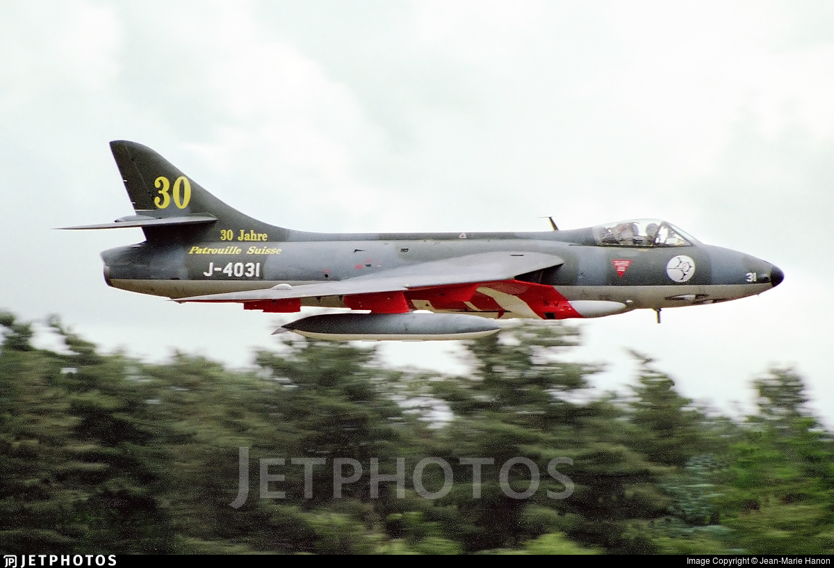 G-BWFR - Hawker Hunter F.58 - Private