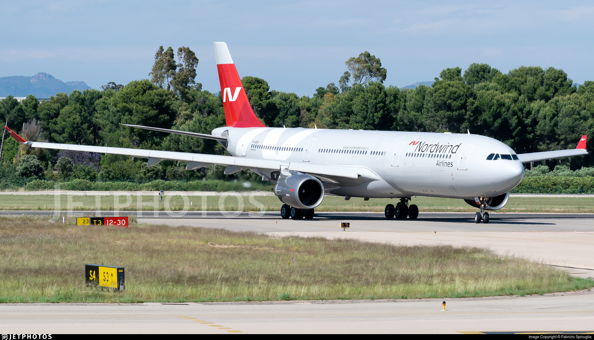 M-ABLW - Airbus A330-302 - Nordwind Airlines