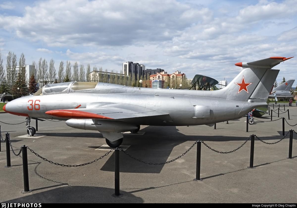 36 - Aero L-29 Delfin - Russia - Air Force