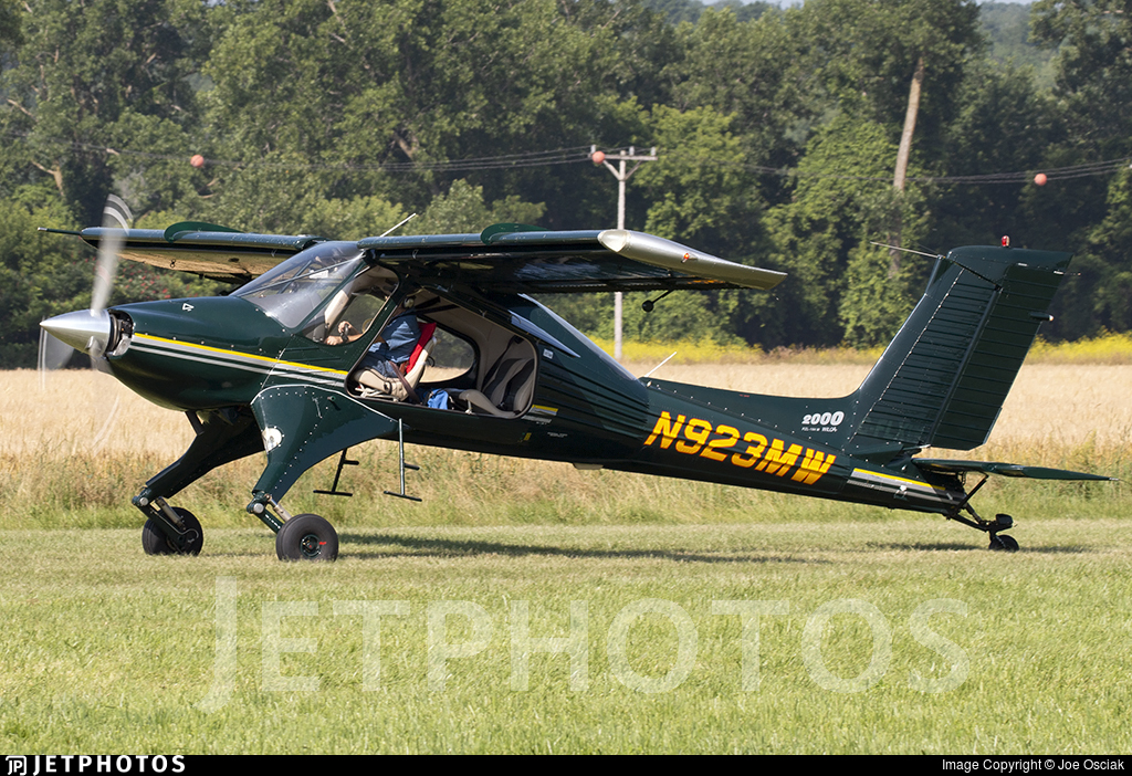 N923MW - PZL-Mielec 104M Wilga 2000 - Private