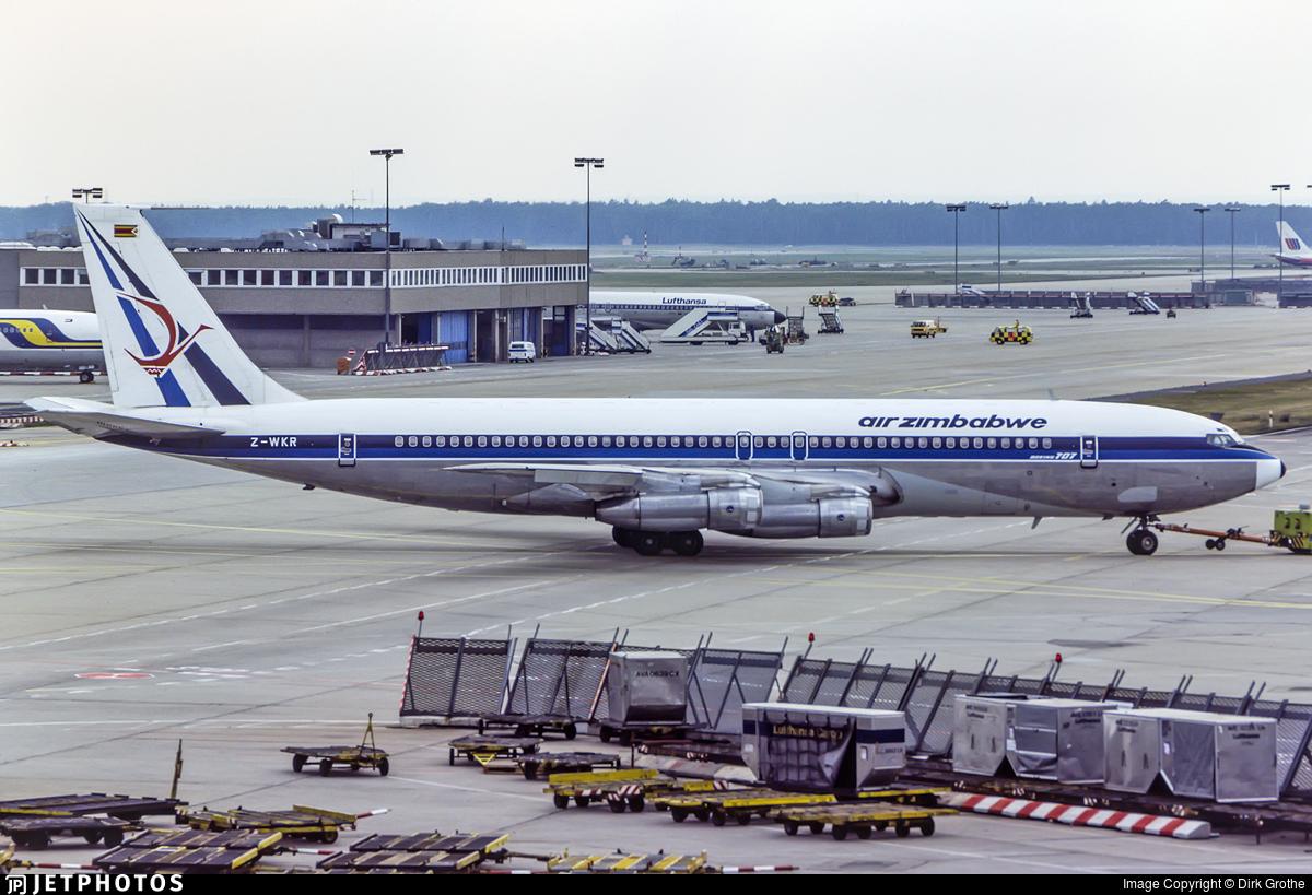 Z-WKR - Boeing 707-330B - Air Zimbabwe