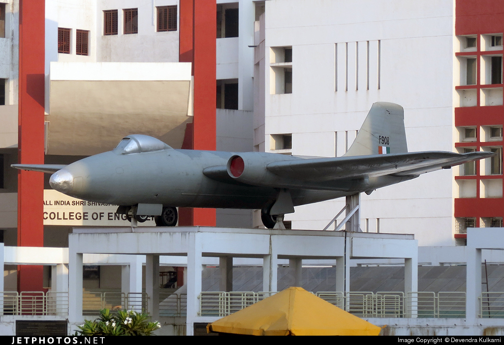 F908 - English Electric Canberra B(I).58 - India - Air Force