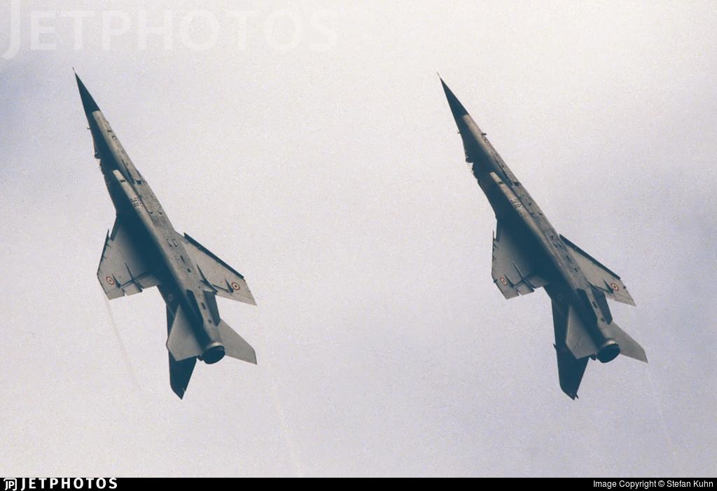 206 - Dassault Mirage F1C - France - Air Force