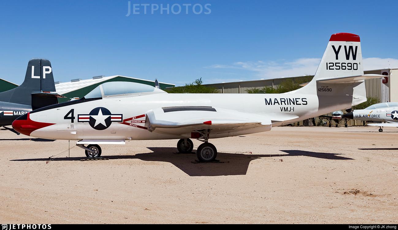 125690 - McDonnell F2H-2 Banshee - United States - US Marine Corps (USMC)