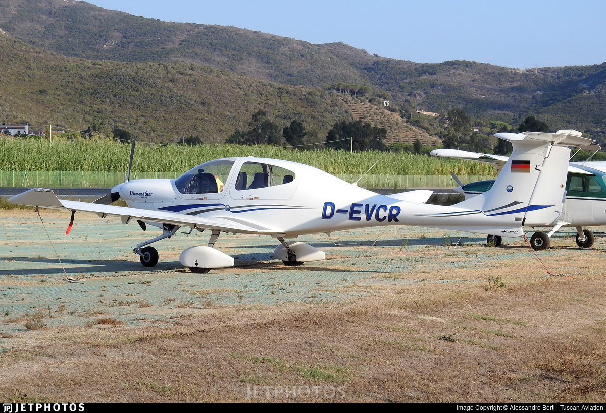 D-EVCR - Diamond DA-40 Diamond Star - Private