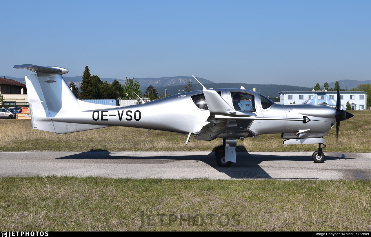 OE-VSO - Diamond DA-50V - Diamond Aircraft Industries