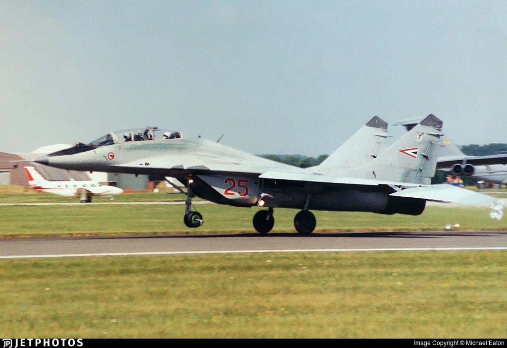 25 - Mikoyan-Gurevich MiG-29UB Fulcrum B - Hungary - Air Force