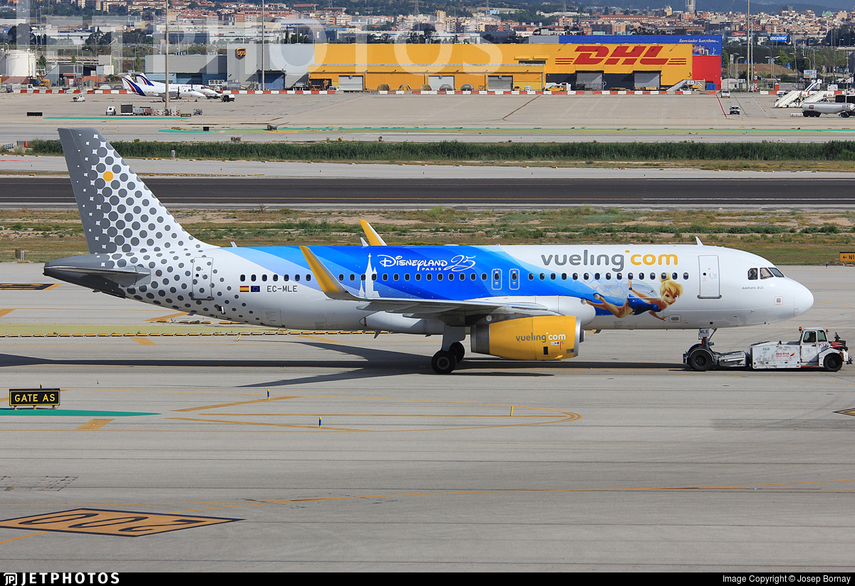 EC-MLE - Airbus A320-232 - Vueling