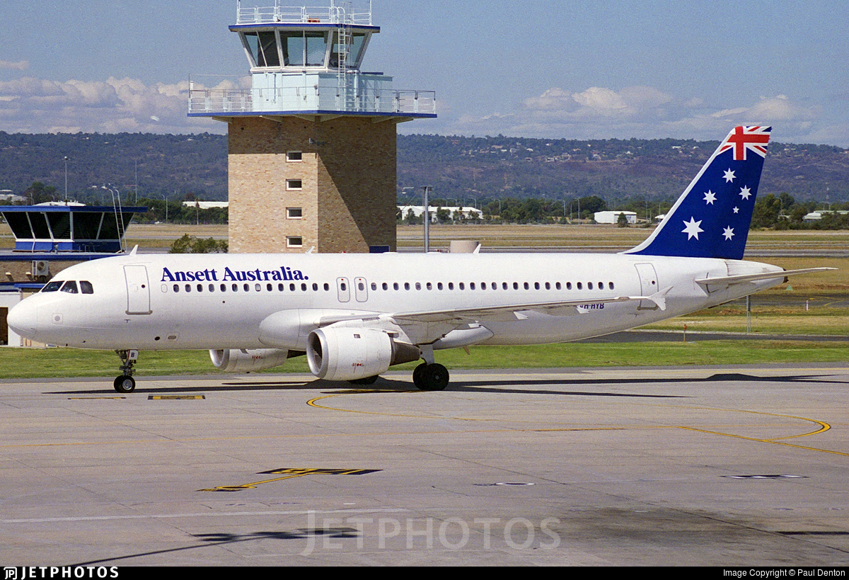 VH-HYB - Airbus A320-211 - Ansett Airlines of Australia