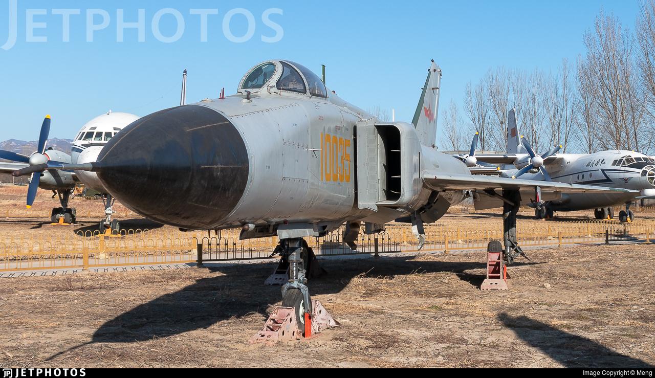 10035 - Shenyang J-8II Finback-B - China - Air Force