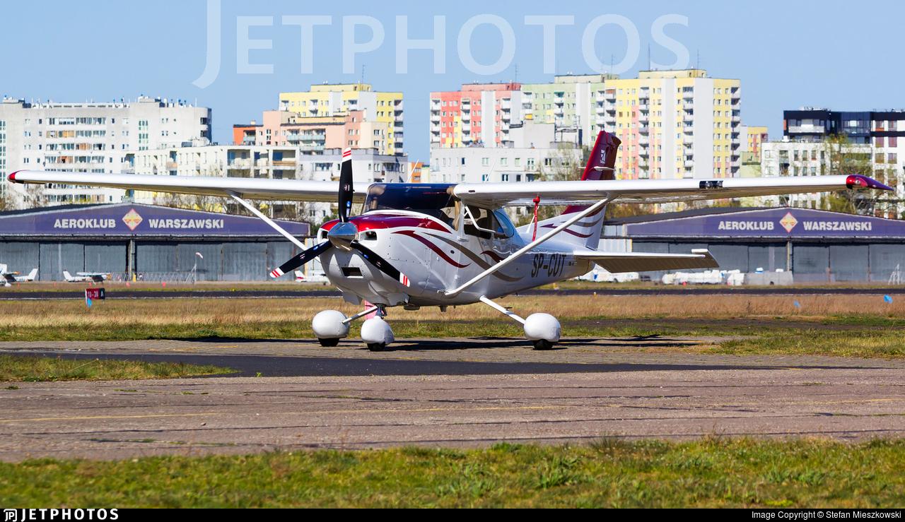 SP-CUT - Cessna 182T Skylane - Private