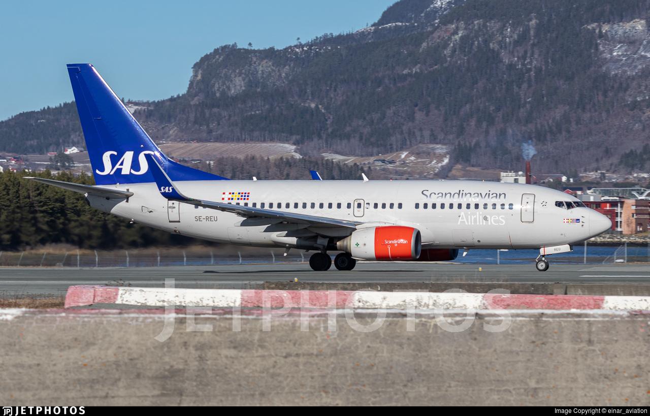 SE-REU - Boeing 737-76N - Scandinavian Airlines (SAS)