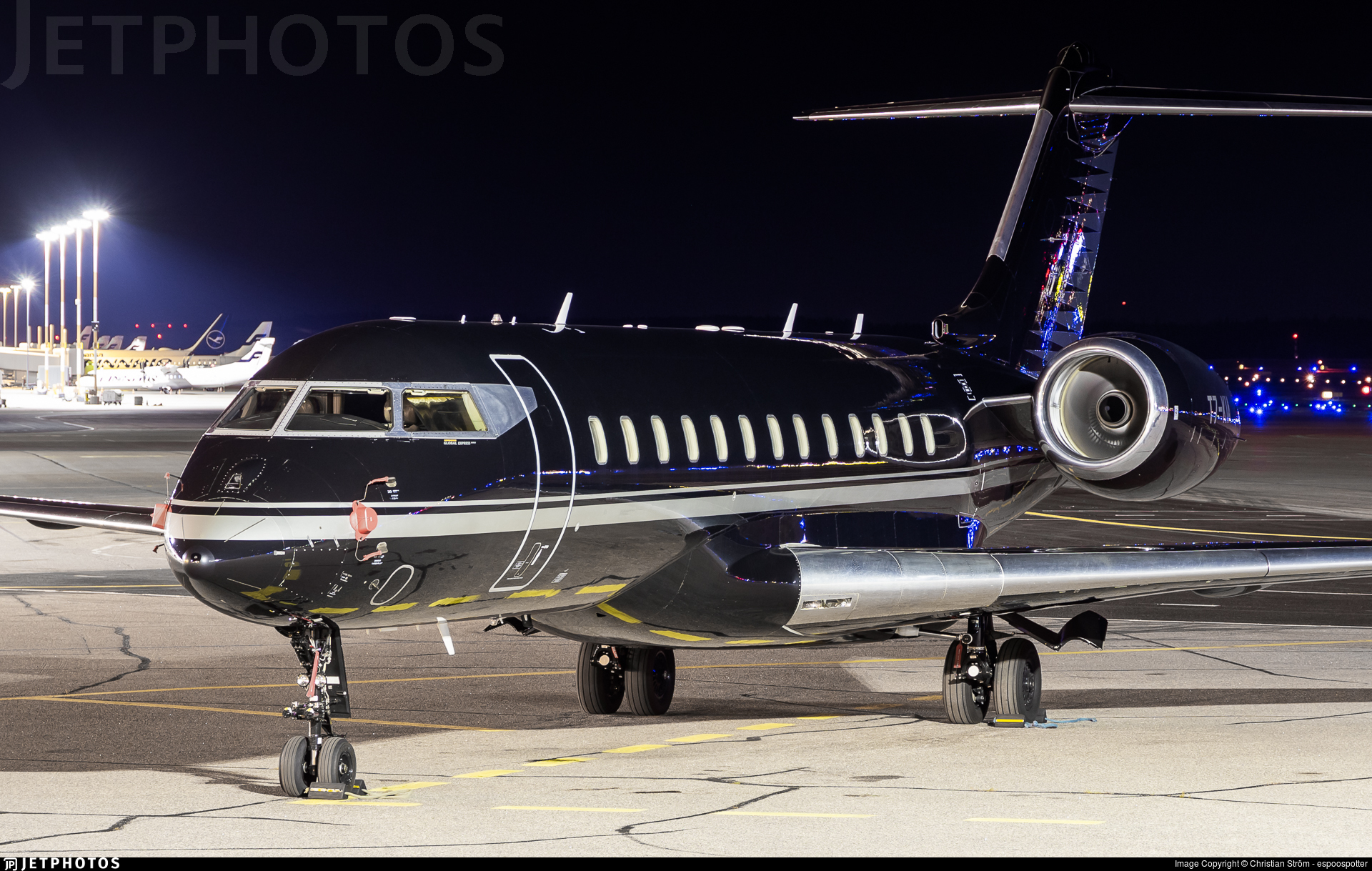 T7-KIA - Bombardier BD-700-1A10 Global Express XRS - Private