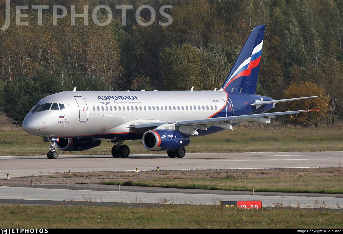 89128 - Sukhoi Superjet 100-95B - Aeroflot
