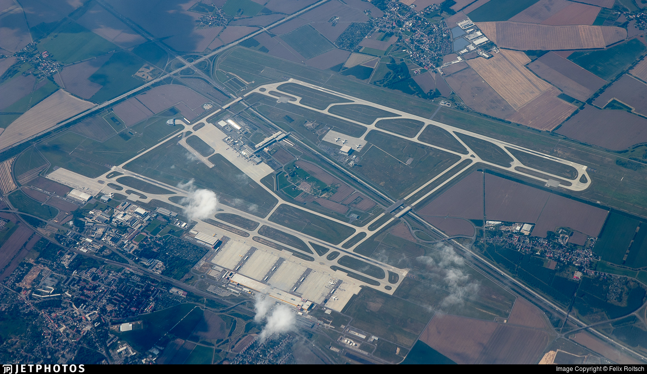 EDDP - Airport - Airport Overview
