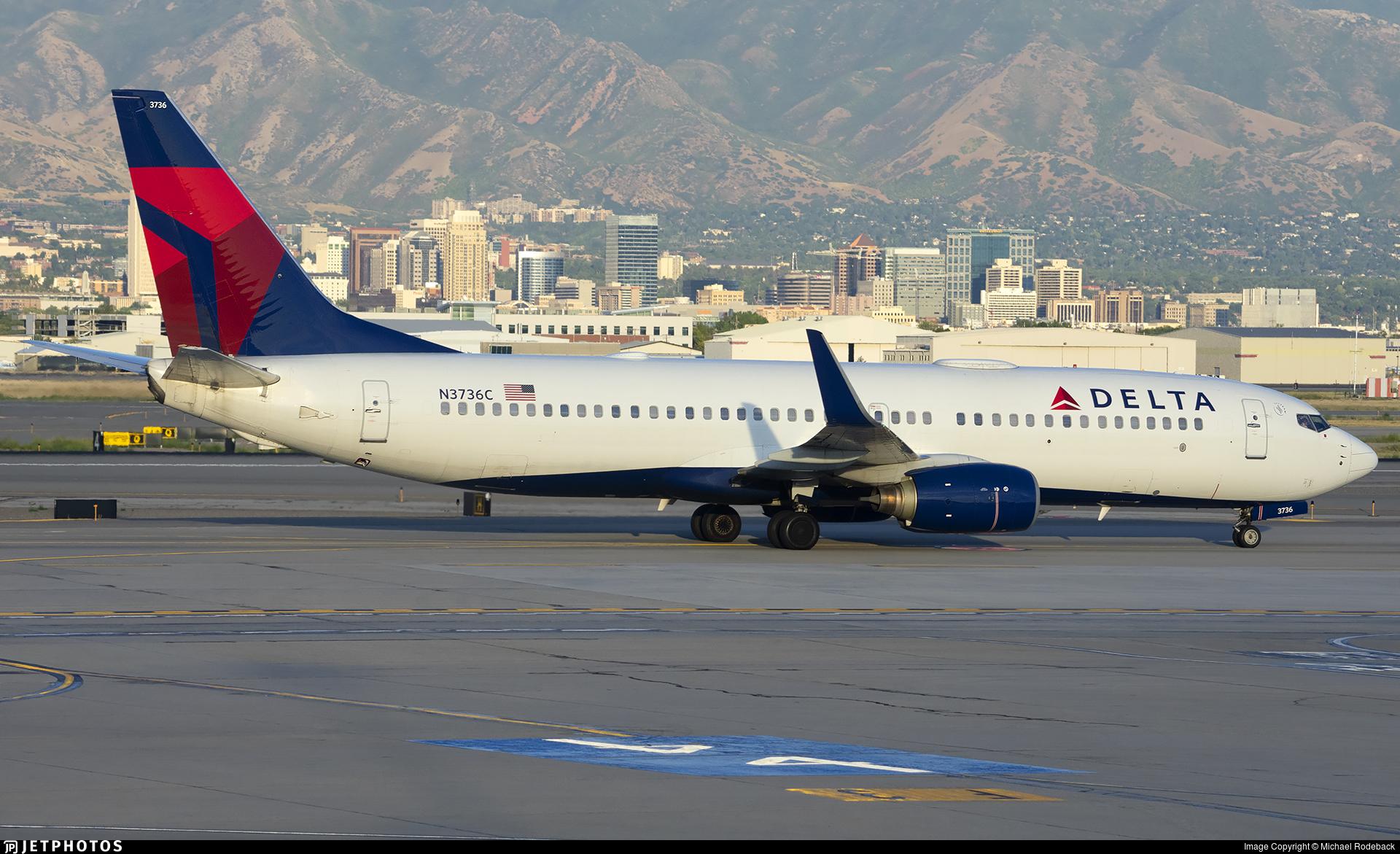 N3736C - Boeing 737-832 - Delta Air Lines