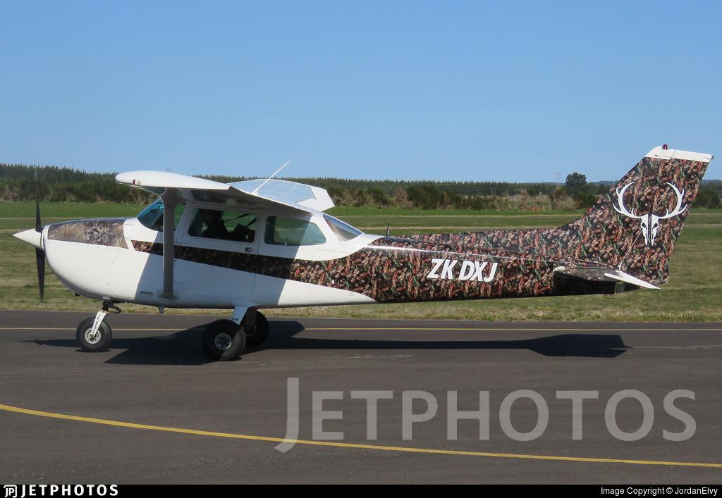ZK-DXJ - Cessna 172M Skyhawk II - Private