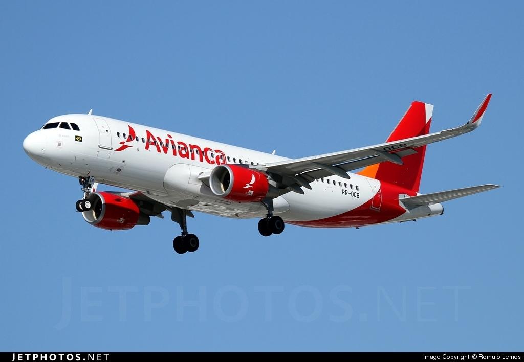 PR-OCB - Airbus A320-214 - Avianca Brasil