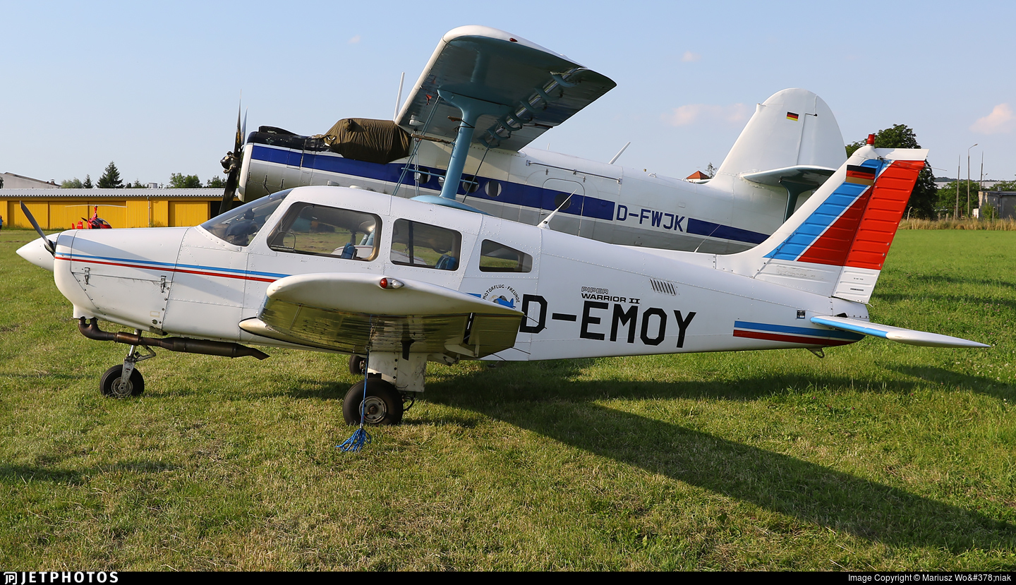D-EMOY - Piper PA-28-161 Warrior II - Private