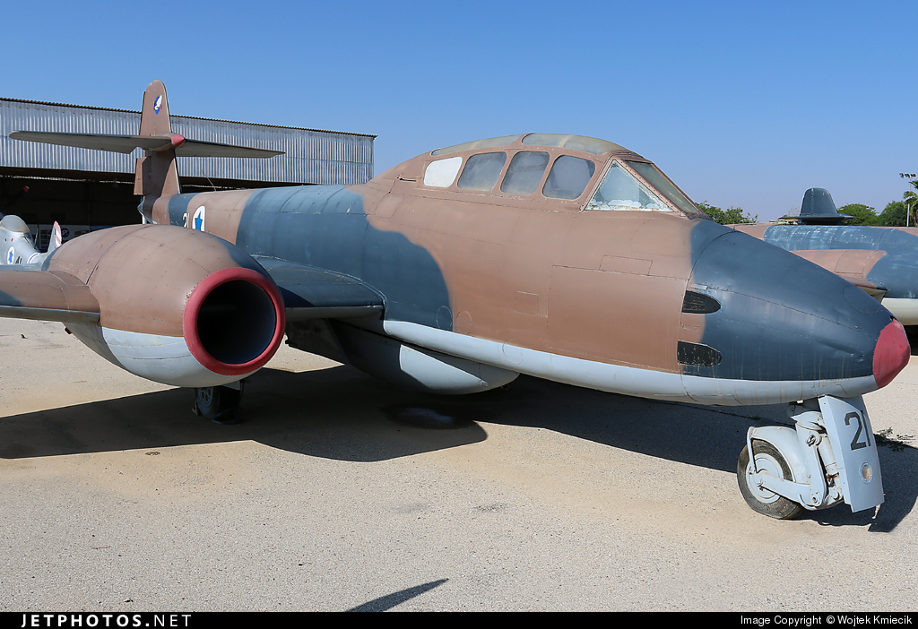 21 - Gloster Meteor T.7 - Israel - Air Force