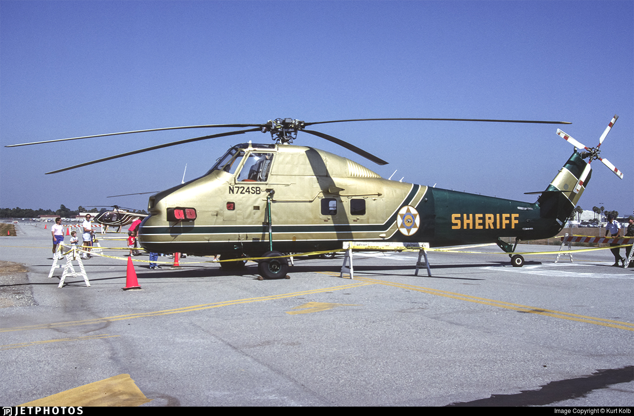 N724SB - Sikorsky S-58DT - United States - Los Angeles County Sheriff