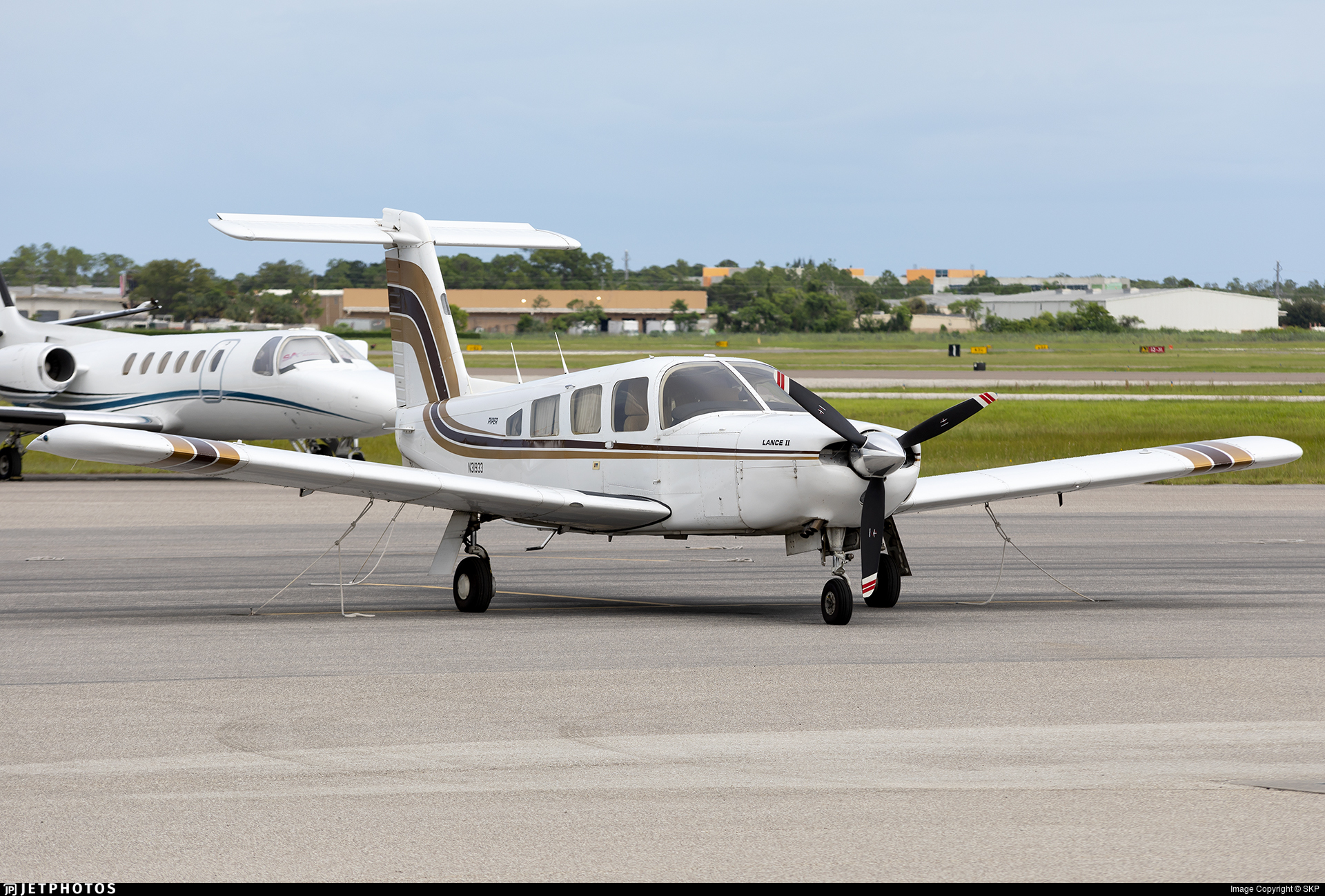 N31933 - Piper PA-32RT-300 Lance II - Private