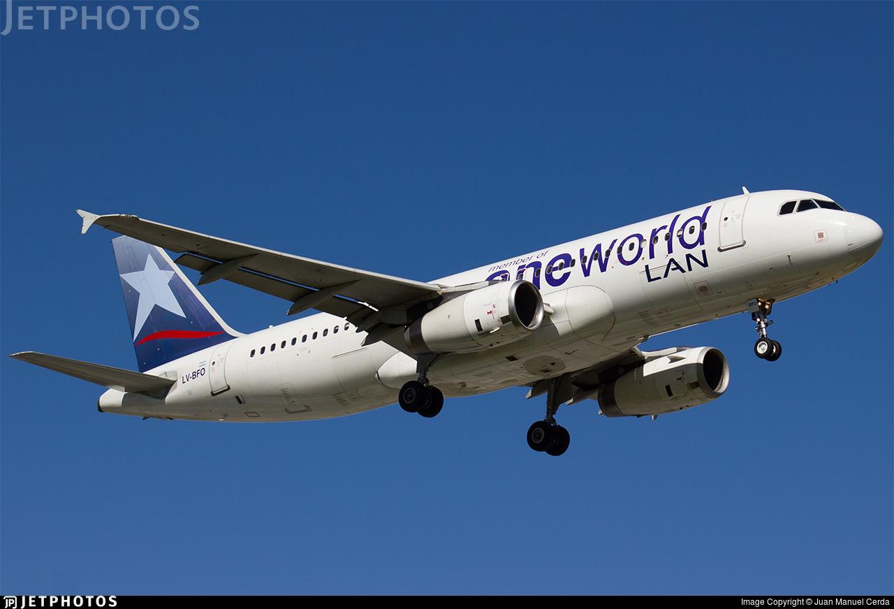LV-BFO - Airbus A320-233 - LAN Argentina