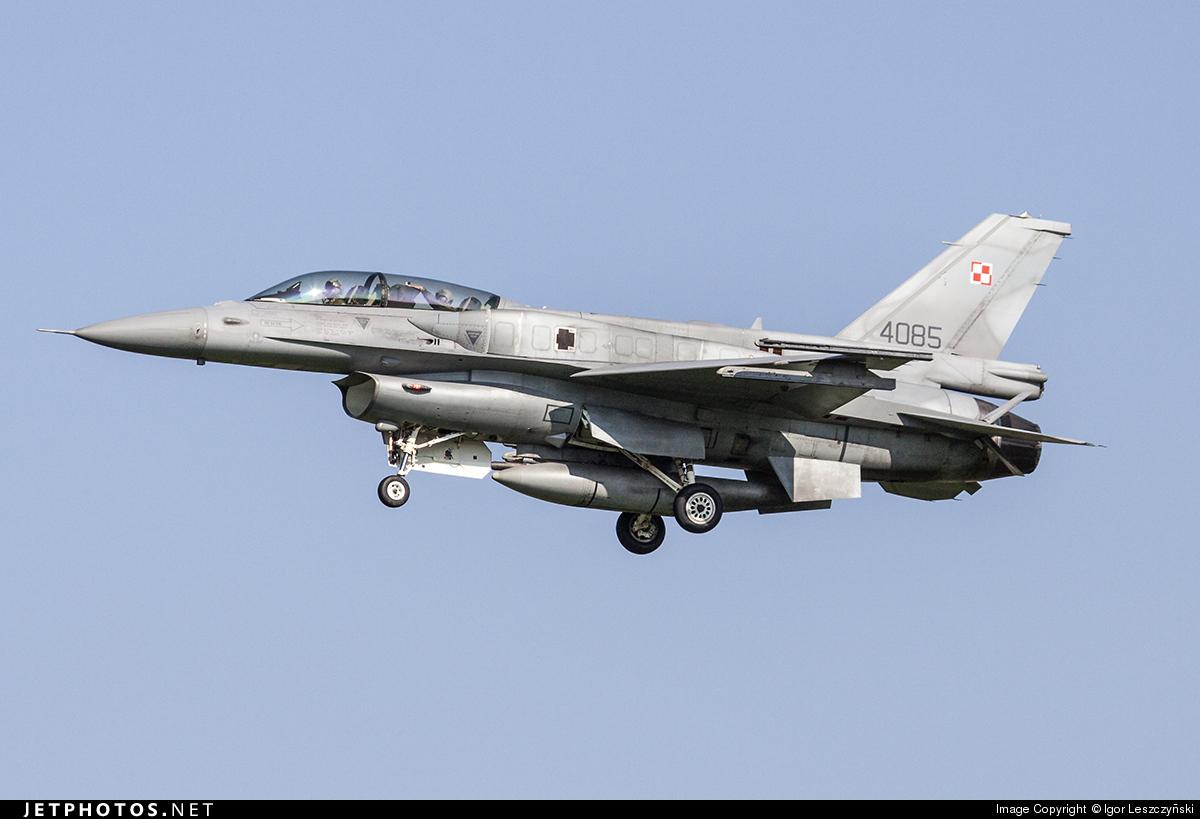 4085 - Lockheed Martin F-16D Fighting Falcon - Poland - Air Force