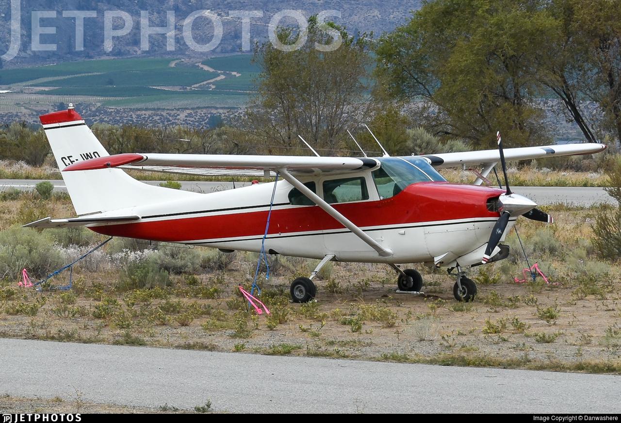 CF-JWO - Cessna 210 Centurion - Private