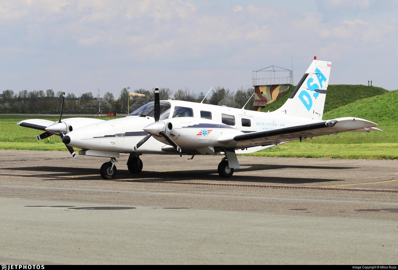 OK-DSP - Piper PA-34-220T Seneca IV - Delta System-Air