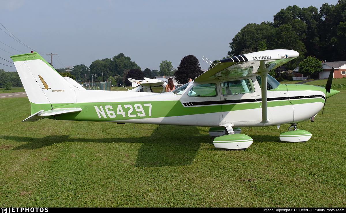 N64297 - Cessna 172M Skyhawk II - Private