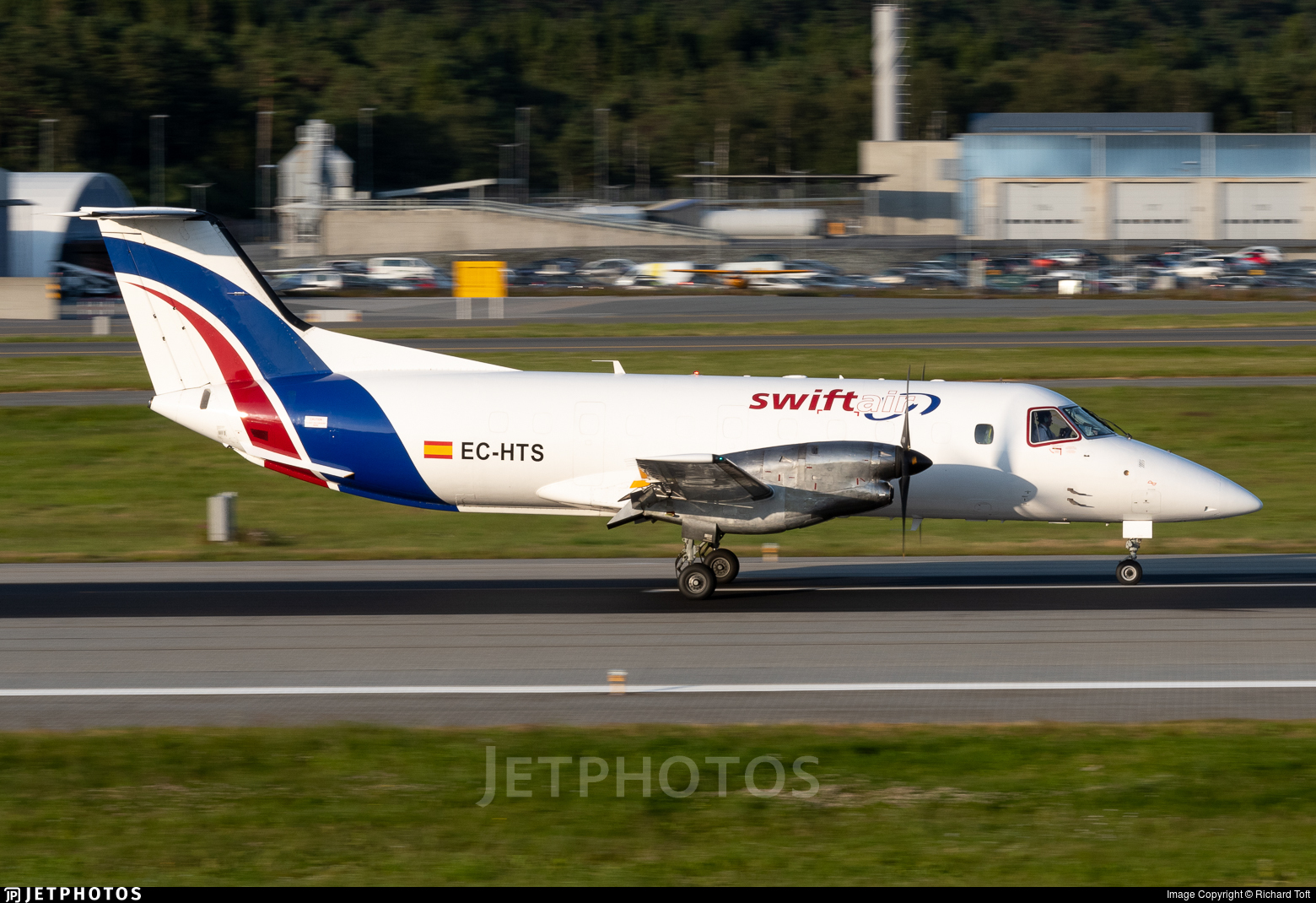 EC-HTS - Embraer EMB-120RT Brasília - Swiftair