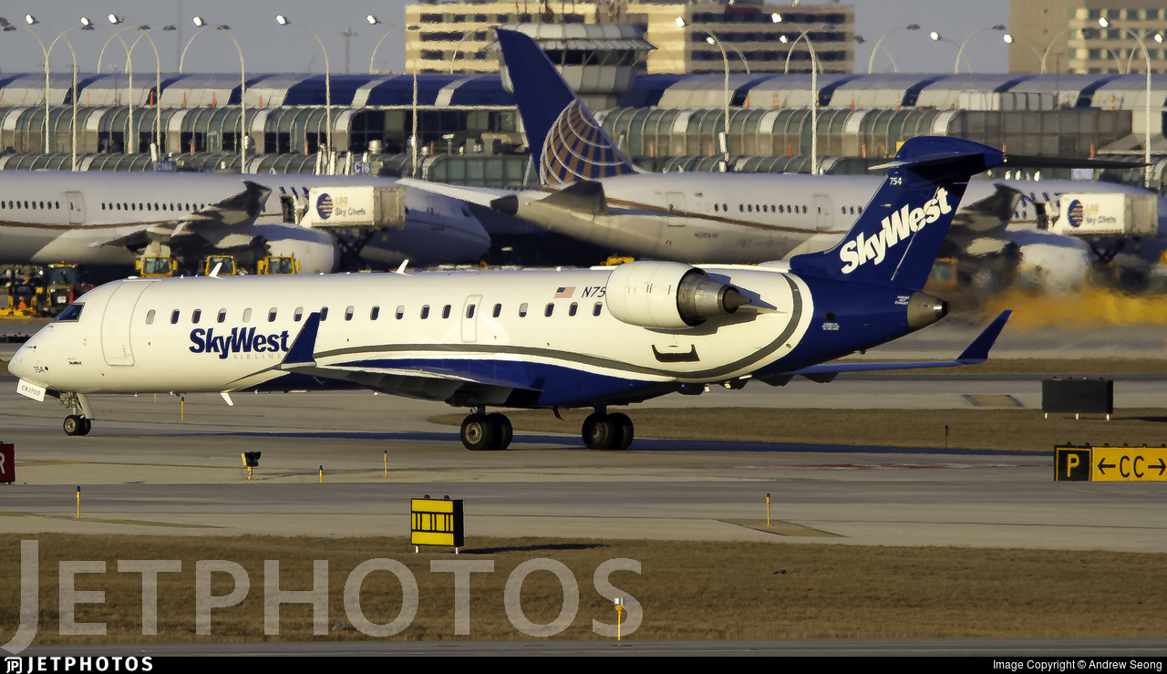 N754EV - Bombardier CRJ-701ER - SkyWest Airlines