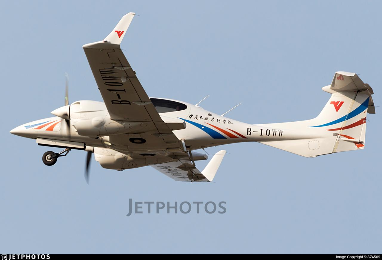 B-10WW - Diamond DA-42 NG Twin Star - Civil Aviation Flight University of China