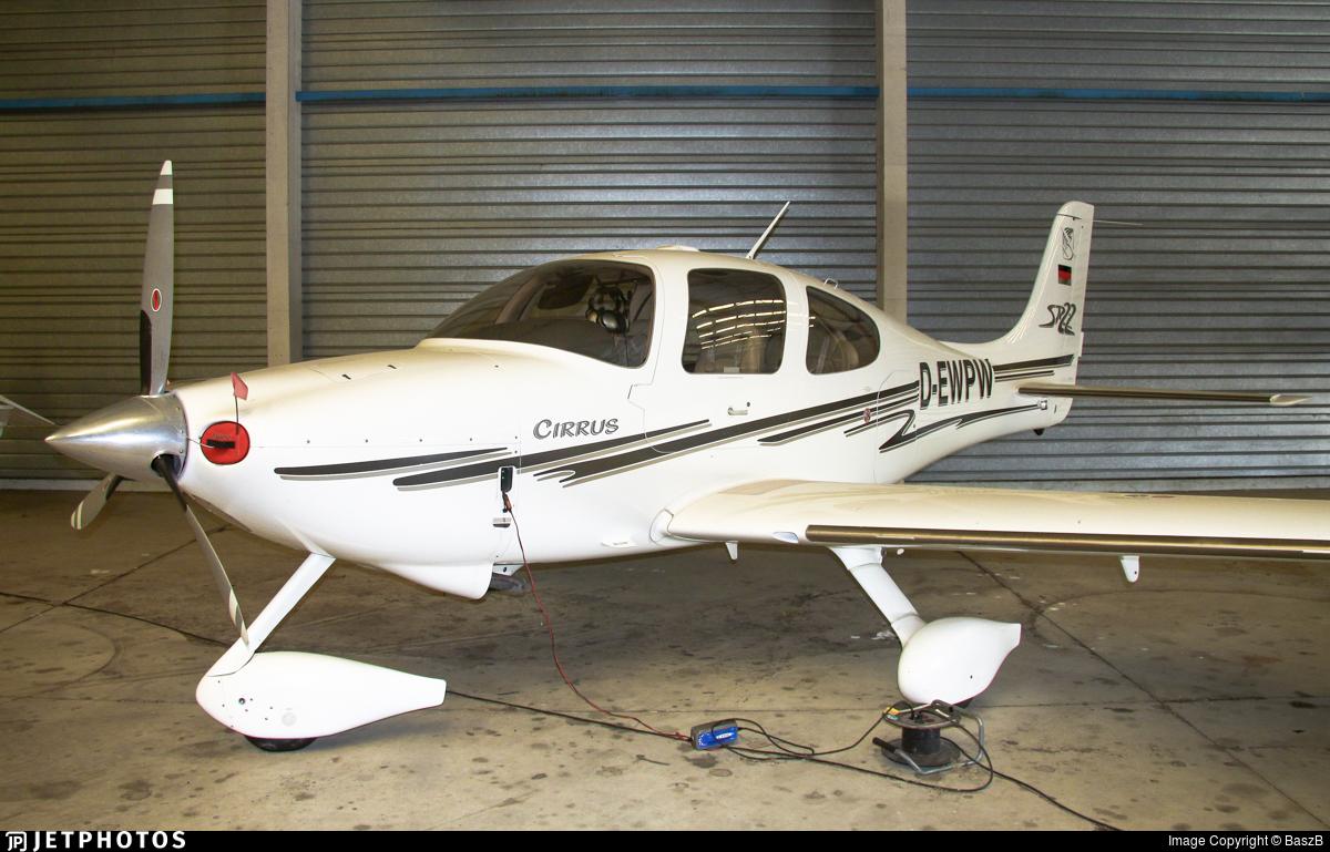 D-EWPW - Cirrus SR22 - Private