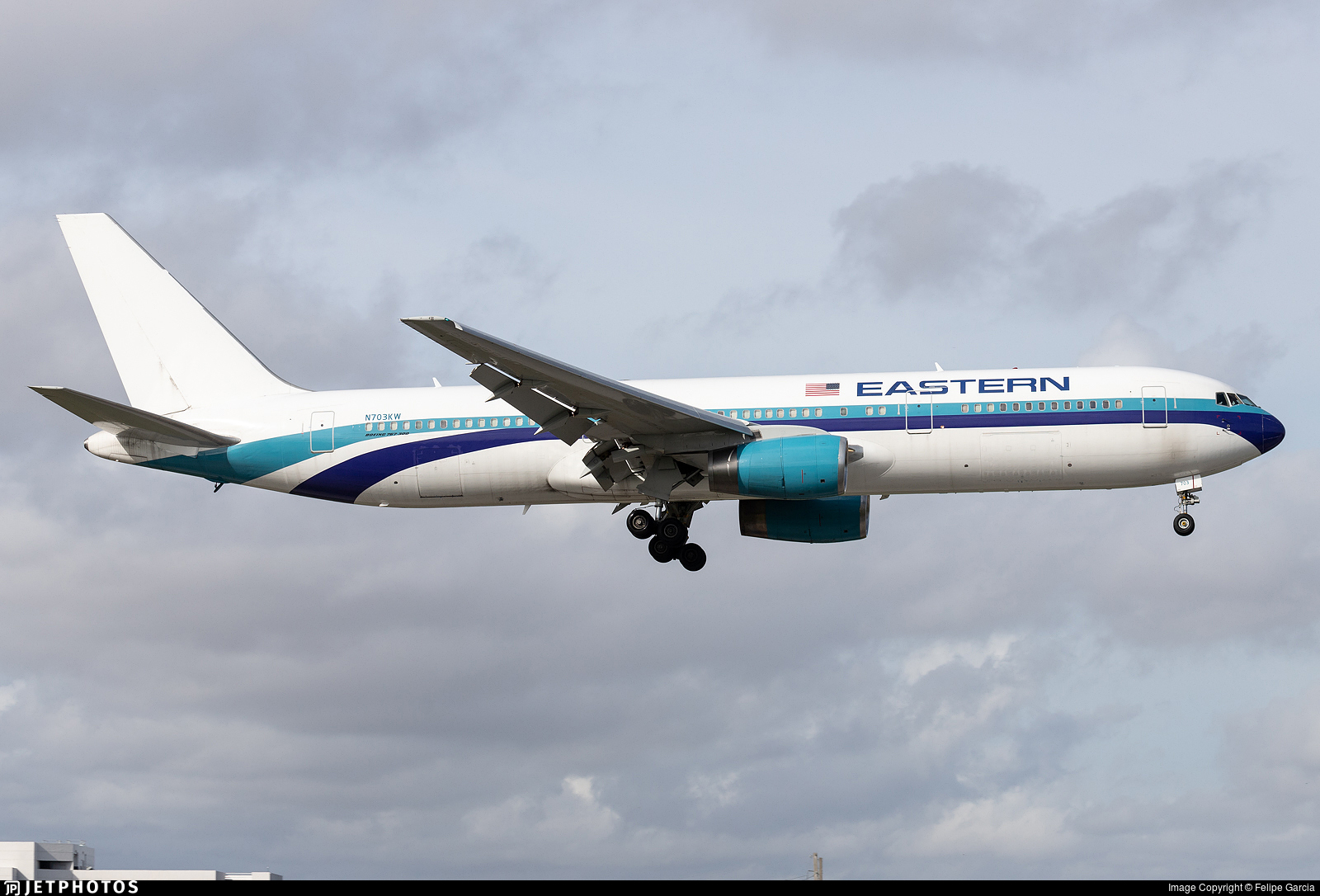 N703KW - Boeing 767-336(ER) - Eastern Airlines